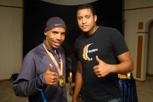 meb and rondell 300x200 Boxed Lunch & Pic with Meb
