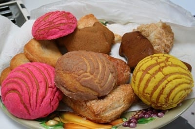 pan dulce 2 400x266 Because Im Mexican...