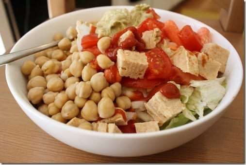 salad with chickpeas