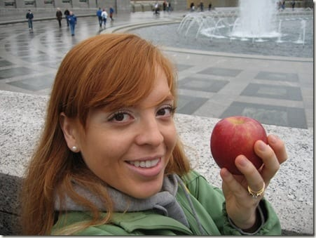 monica with apple
