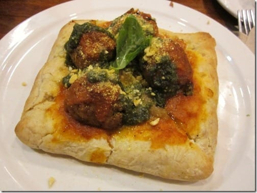 veggie cafe meatball pizza