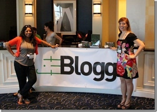 monica and sana at fitbloggin
