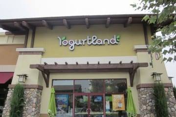 Breaking Yogurtland News - PB&J FroYo