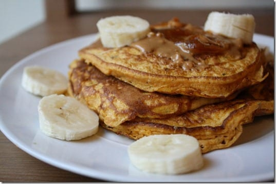 pancakes with peanut butter