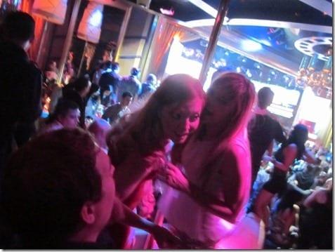 IMG 7408 800x600 thumb One Night In Vegas