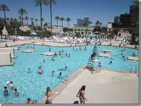 luxor pool thumb Traveling Tuesday–Las Vegas