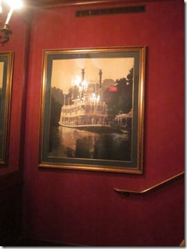 getting inside Club 33 in Disneyland