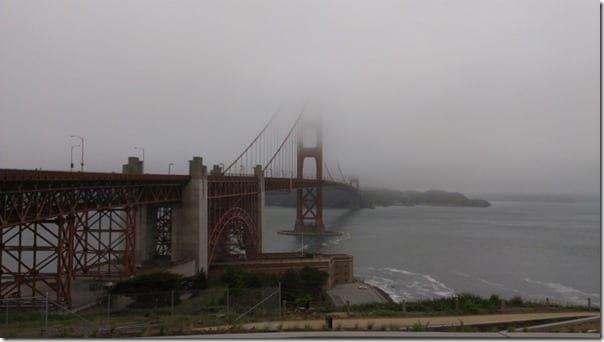 can you run across the golden gate bridge