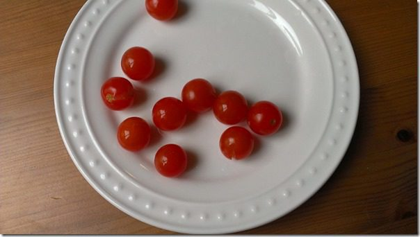 non gmo tomatoes 450x800 thumb Friday Favorites–Relaxin and Eatin