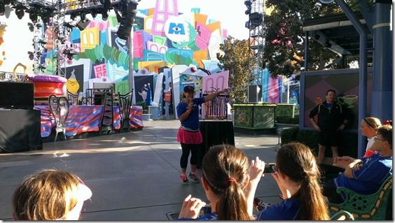 biggest loser ali at run disney meet up 800x450 thumb Disneyland Half Marathon Tweet Up Meet Up