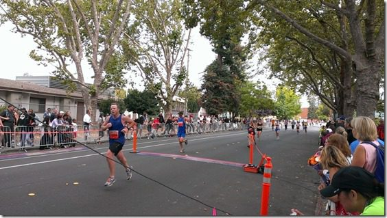 santa rosa marathon finish 800x450 thumb Santa Rosa Marathon Results and Race Recap