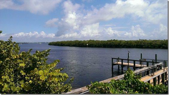 florida view lagoon (800x450)