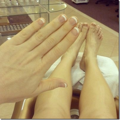 french manicure (800x800)