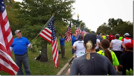 flags at marine corps marathon course (800x450)