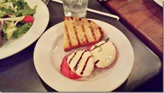 mozarella and tomato (800x450)