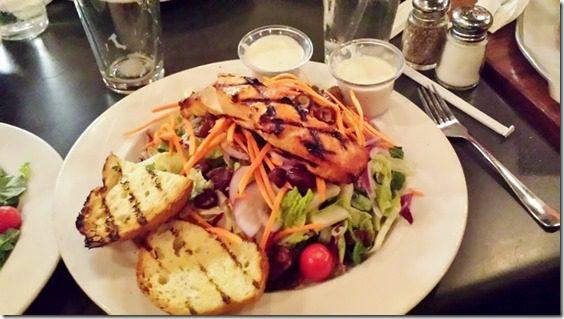 salmon salad (800x450)