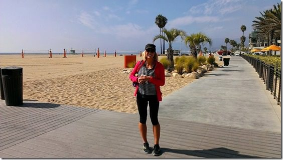 with skinny runner at the beach 800x450 thumb Fitness Magazine LA Meet and Tweet
