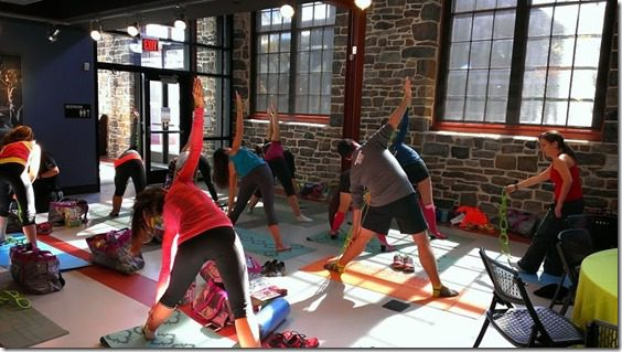 yoga class with proform (800x450)