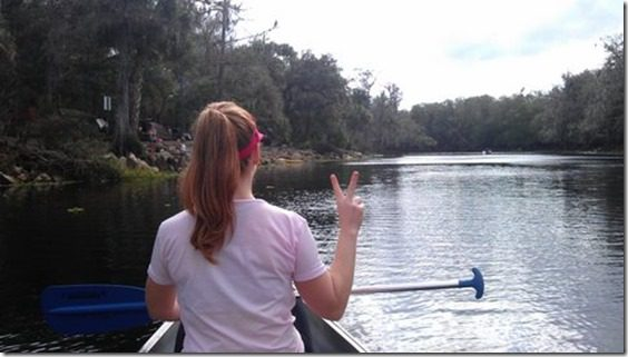canoe peace out 480x271 thumb I Almost Got Eaten By An Alligator