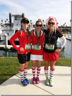 rer and skinnyrunner half marathon oxnard 600x800 thumb Santa To The Sea Half Marathon