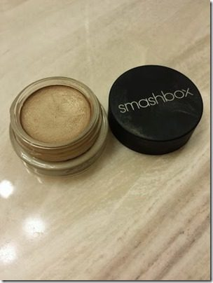 smashbox cream shadow 376x501 thumb Friday Favorite–Srirpocalypse 2013