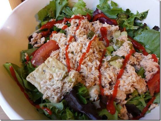 sriracha on salad again (668x501)
