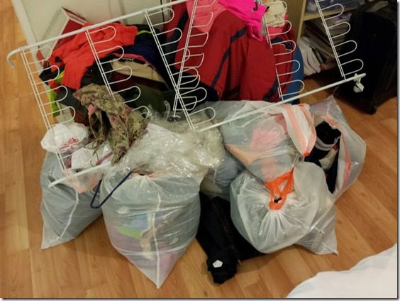 donating bags of clothes 669x502 thumb Sunday Set Up–Closet Clean Out