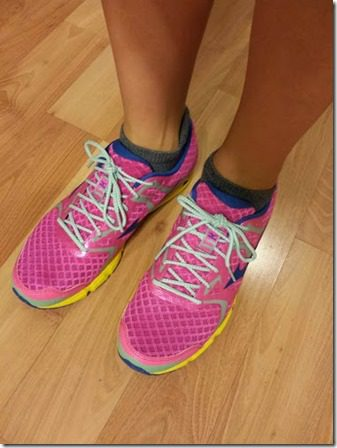 pink running shoes 376x502 thumb Blueberry Pie Smoothie for National Pie Day
