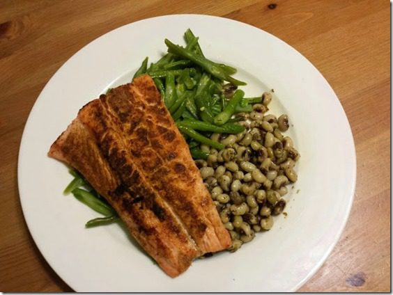 salmon and black eyed peas for dinner 668x501 thumb Thirsty Thursday–Drink Your Water
