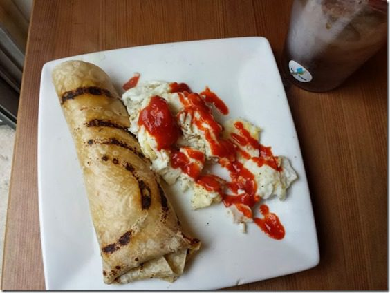 breakfast egg burrito (727x545)
