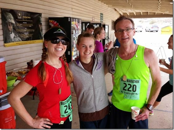 charlotte and dad from new zealand after marathon (669x502)