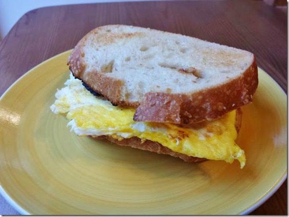 egg sandwich (669x502)