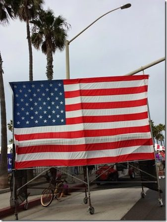 surf city marathon flag 376x502 thumb Surf City Marathon 2014 Results