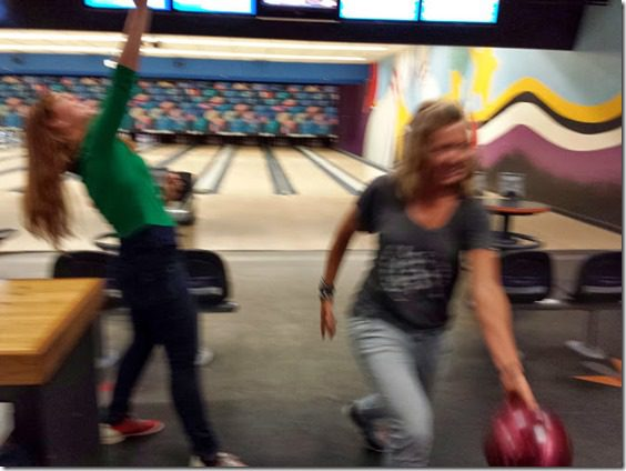 action shot bowling with skinnyrunner 669x502 thumb Bowling and Motivation Monday In Case You Need Motivation to Bowl