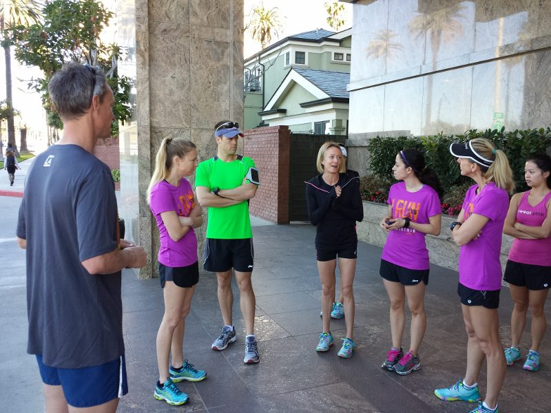 deena kastor giving la marathon advice 800x600 Last Minute Tips Before the LA Marathon from Coach Kastor, Ryan Hall and Deena Kastor