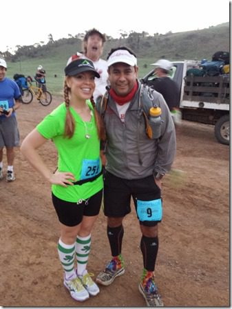 runeatrepeat and hector photo bomb steve mackel 600x800 thumb Catalina Marathon Results and Recap