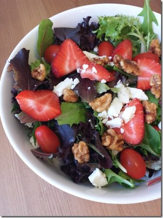 strawberry walnut salad 600x800 thumb Meatless Monday NO COOKING REQUIRED
