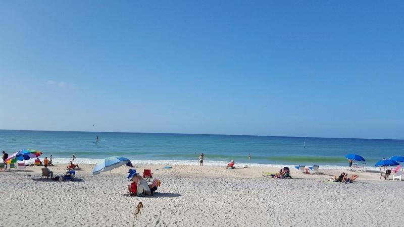 florida running at the beach (800x450)
