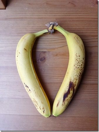 freezing bananas for smoothies (600x800)