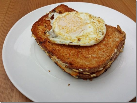 grilled cheese with egg on top before cutting 800x600 thumb Grilled Cheese Topped with Egg