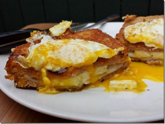 grilled cheese with yolk egg on top 800x600 thumb Grilled Cheese Topped with Egg