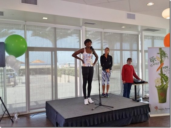 venus williams jamba juice fitness event (800x600)