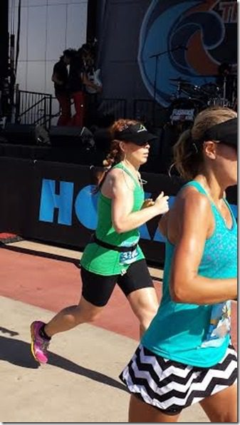 running oc marathon with skinny runner runeatrepeat