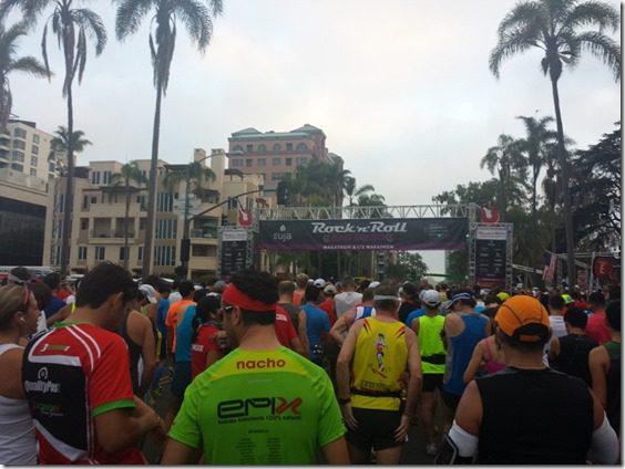 rnr marathon half and full marathon (800x600)