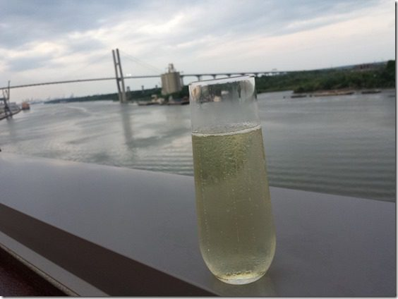 top deck drinks in savannah 800x600 thumb Saturday at Fitbloggin in Seven Points…