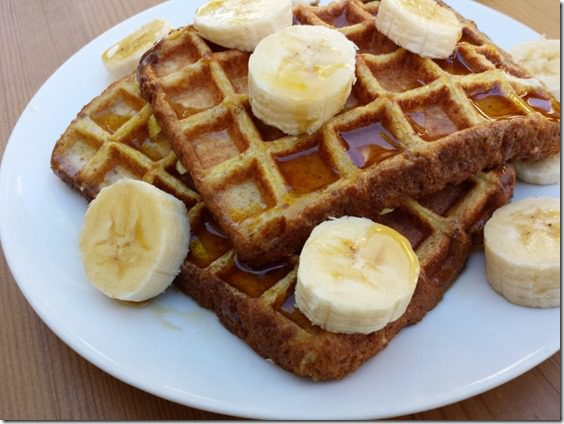 whole grain french toast waffles (800x600)