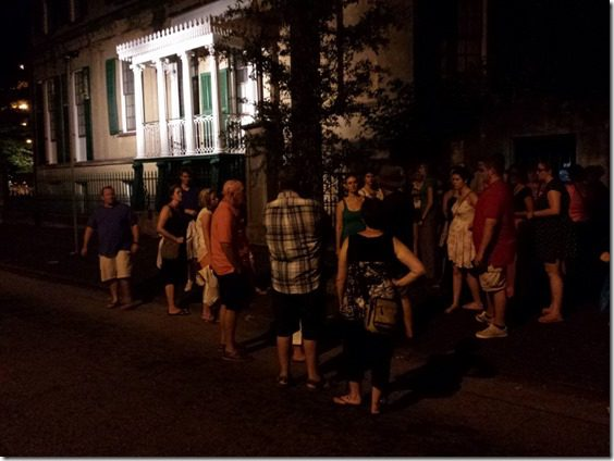 20140627 214610 800x600 thumb How to Take a Ghost Tour in Savannah   Summer Fun