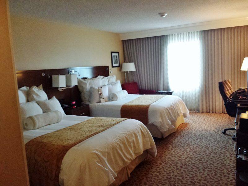 i love love hotels 800x600 Straight Road Trippin