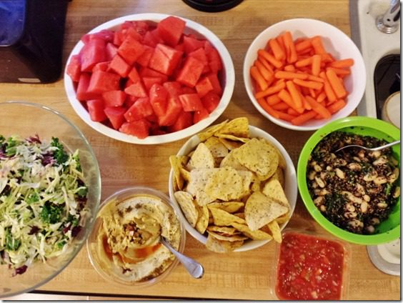 meatless monday spread dinner (800x600)