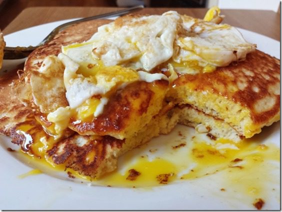 pancakes and eggs sunday (800x600)